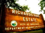 Richards-Hart Estate Sign